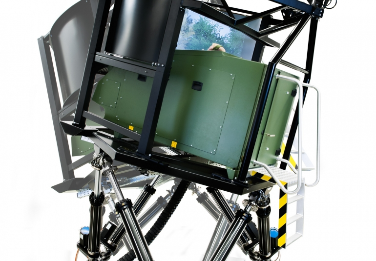 tank driving simulation, driving training simulator, driving simulation training